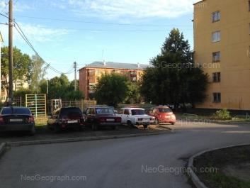 View to: Kosmonavtov avenue, 27Б. Yekaterinburg (Sverdlovskaya oblast)