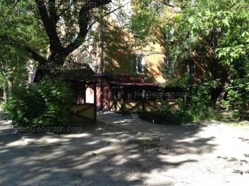 View to: 40-letiya Oktiabrya street, 25. Yekaterinburg (Sverdlovskaya oblast)