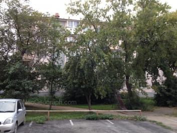 View to: Palmiro Toliatti street, 24. Yekaterinburg (Sverdlovskaya oblast)