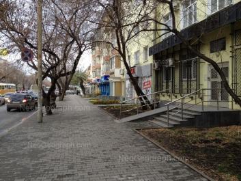 На фото видно: 8 Марта улица, 123. Екатеринбург (Свердловская область)