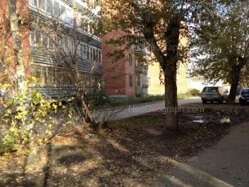 На фото видно: Многостаночников переулок, 22. Екатеринбург (Свердловская область)