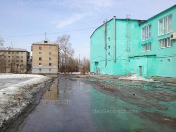 View to: Kalinovskiy lane, 11 (Детская городская больница 15, поликлиника номер 2, отделение 5); Kalinovskiy lane, 13; Stachek street, 3. Yekaterinburg (Sverdlovskaya oblast)