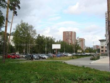 На фото видно: Ясная улица, 34/1; Ясная улица, 36/1. Екатеринбург (Свердловская область)