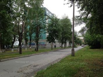 На фото видно: Ломоносова улица, 6. Екатеринбург (Свердловская область)
