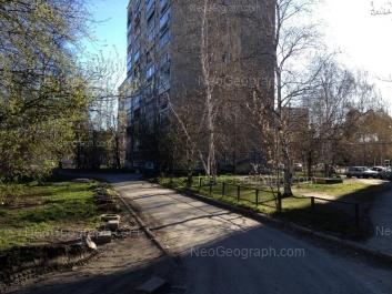На фото видно: Волгоградская улица, 186. Екатеринбург (Свердловская область)
