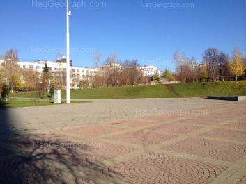 На фото видно: Декабристов улица, 15/1; Декабристов улица, 15; Сони Морозовой улица, 203. Екатеринбург (Свердловская область)