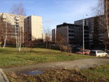 На фото видно: 8 Марта улица, 189/4; Крестинского улица, 11; Крестинского улица, 13А. Екатеринбург (Свердловская область)