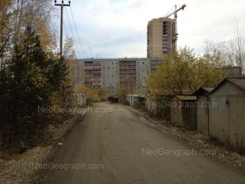 На фото видно: Краснолесья улица, 14/3. Екатеринбург (Свердловская область)