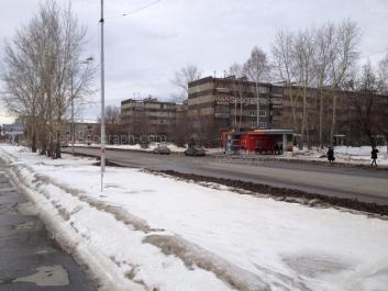 На фото видно: Билимбаевская улица, 16; Билимбаевская улица, 17; Расточная улица, 39. Екатеринбург (Свердловская область)