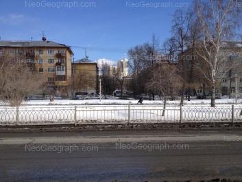 На фото видно: Посадская улица, 31; Посадская улица, 33; Посадская улица, 35; Посадская улица, 37. Екатеринбург (Свердловская область)