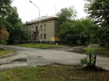 На фото видно: Ломоносова улица, 14. Екатеринбург (Свердловская область)