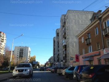 На фото видно: Индустрии улица, 33; Уральских Рабочих улица, 51; Уральских Рабочих улица, 55. Екатеринбург (Свердловская область)
