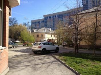 View to: Moskovskaya street, 48; Moskovskaya street, 50; Moskovskaya street, 52; Moskovskaya street, 77 (Москва, жилой квартал). Yekaterinburg (Sverdlovskaya oblast)