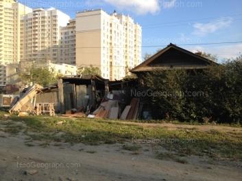 На фото видно: 8 Марта улица, 194; Авиационная улица, 49. Екатеринбург (Свердловская область)