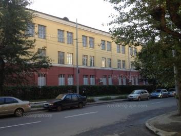 На фото видно: Студенческая улица, 9. Екатеринбург (Свердловская область)