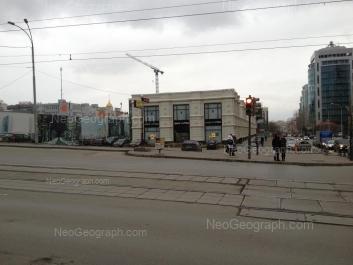 На фото видно: Сакко и Ванцетти улица, 67; Сакко и Ванцетти улица, 69; Сакко и Ванцетти улица, 74; Шейнкмана улица, 57. Екатеринбург (Свердловская область)