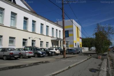 View to: Frontovikh Brigad street, 19. Yekaterinburg (Sverdlovskaya oblast)