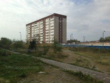 На фото видно: Селькоровская улица, 80/2. Екатеринбург (Свердловская область)