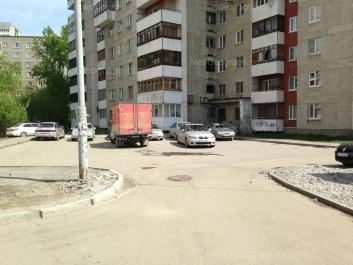 View to: Avtomagistralnaya street, 3; Pekhotintsev street, 21б. Yekaterinburg (Sverdlovskaya oblast)