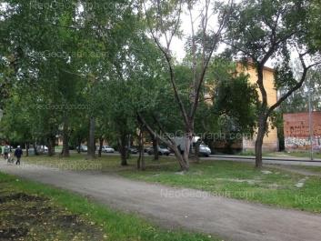 На фото видно: Титова улица, 30. Екатеринбург (Свердловская область)