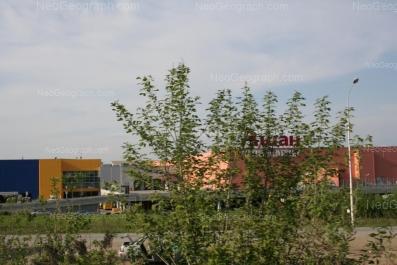 На фото видно: Металлургов улица, 87 (ТРЦ Мега). Екатеринбург (Свердловская область)