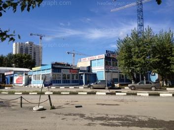 View to: Starikh Bolshevikov street, 1А; Starikh Bolshevikov street, 1а/4; Starikh Bolshevikov street, 1А/2. Yekaterinburg (Sverdlovskaya oblast)