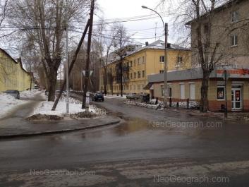 На фото видно: Кунарская улица, 3; Кунарская улица, 4; Расточная улица, 29. Екатеринбург (Свердловская область)