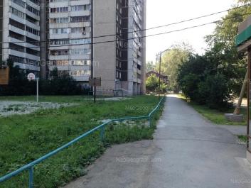 View to: Kalinina street, 4; Kalinina street, 6. Yekaterinburg (Sverdlovskaya oblast)