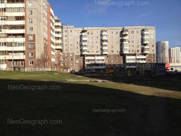 View to: 8 Marta street, 185/4. Yekaterinburg (Sverdlovskaya oblast)
