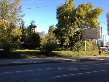 На фото видно: Блюхера улица, 39 (ТЦ Аида). Екатеринбург (Свердловская область)