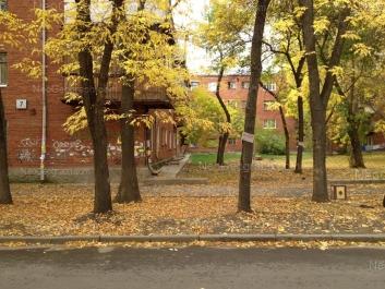 На фото видно: Кировградская улица, 7; Стахановская улица, 10. Екатеринбург (Свердловская область)