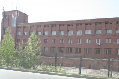 На фото видно: Крестинского улица, 48. Екатеринбург (Свердловская область)