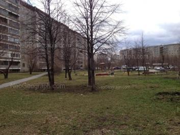 На фото видно: Опалихинская улица, 27; Черепанова улица, 12. Екатеринбург (Свердловская область)
