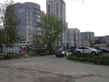 На фото видно: Чкалова улица, 121; Чкалова улица, 124. Екатеринбург (Свердловская область)