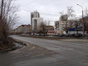 View to: Krasnikh Komandirov street, 17; Krasnikh Komandirov street, 19; Starikh Bolshevikov street, 38; Starikh Bolshevikov street, 50. Yekaterinburg (Sverdlovskaya oblast)