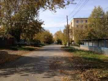 View to: Pavlodarskaya street, 50. Yekaterinburg (Sverdlovskaya oblast)