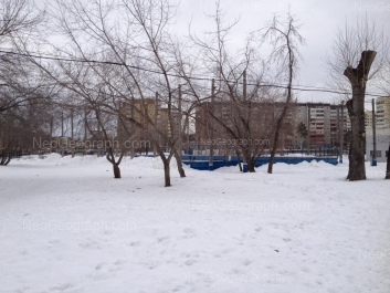 На фото видно: Расточная улица, 22; Расточная улица, 24. Екатеринбург (Свердловская область)
