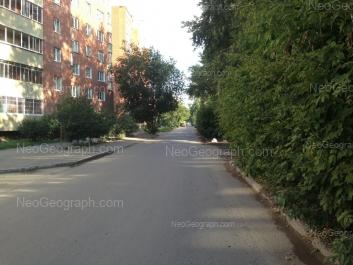 На фото видно: Электриков улица, 3. Екатеринбург (Свердловская область)