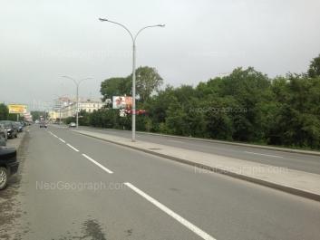 На фото видно: Верхисетский бульвар, 18. Екатеринбург (Свердловская область)
