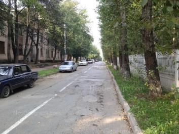 На фото видно: Баумана улица, 32. Екатеринбург (Свердловская область)