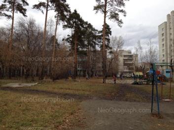 На фото видно: Белореченская улица, 22; Белореченская улица, 24 к1. Екатеринбург (Свердловская область)