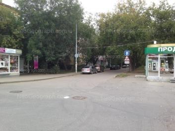 На фото видно: Титова улица, 38. Екатеринбург (Свердловская область)