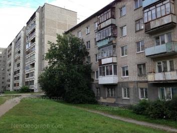 На фото видно: Агрономическая улица, 7; Военная улица, 4А. Екатеринбург (Свердловская область)