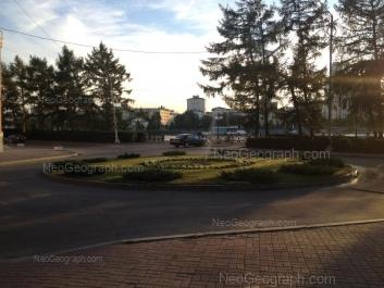 На фото видно: Химиков переулок, 2; Рабочей Молодёжи набережная, 4. Екатеринбург (Свердловская область)