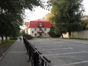 View to: Uchenicheskiy lane, 3; Komsomolskaya street, 61. Yekaterinburg (Sverdlovskaya oblast)