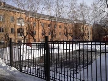 View to: Pervomaiskaya street, 112; Pervomaiskaya street, 114. Yekaterinburg (Sverdlovskaya oblast)