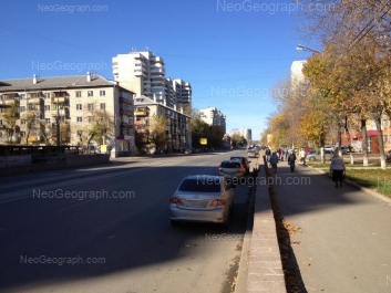 На фото видно: Победы улица, 26; Победы улица, 35; Стахановская улица, 45. Екатеринбург (Свердловская область)
