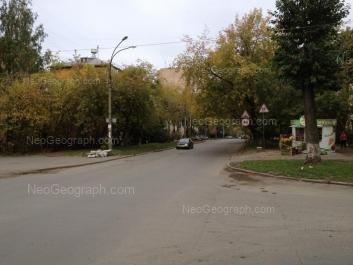На фото видно: Агрономическая улица, 29; Агрономическая улица, 29А; Братская улица, 5. Екатеринбург (Свердловская область)