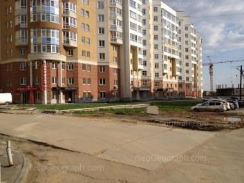 На фото видно: Сурикова улица, 55. Екатеринбург (Свердловская область)
