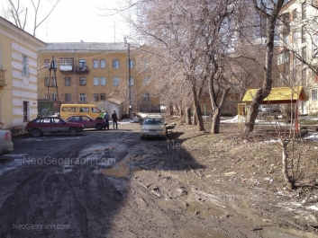 View to: Energostroiteley street, 7; Energostroiteley street, 11; Energostroiteley street, 13; Energostroiteley street, 15. Yekaterinburg (Sverdlovskaya oblast)